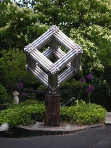 Aaron Kellner Sculpture