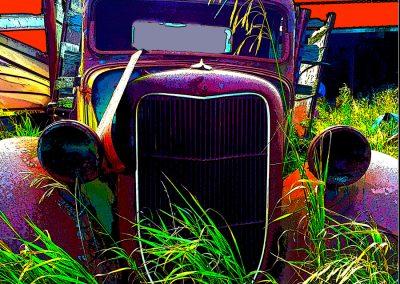 Rusty Rust Bucket - red